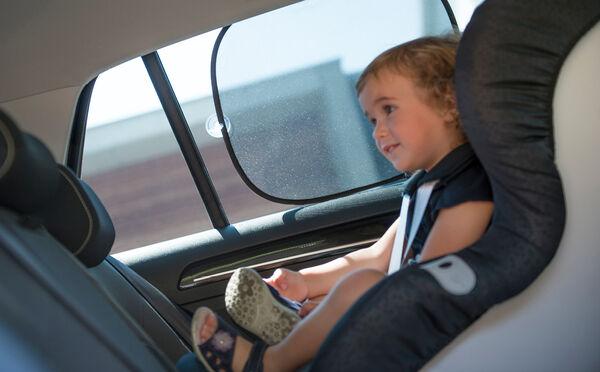 Umieszczenie tyłem do kierunku jazdy dla większego bezpieczeństwa