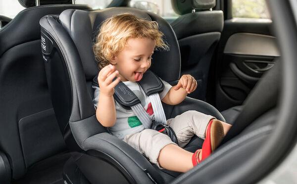 Highlight 3017 1 - Britax Römer DUALFIX M i-Size obrotowy fotelik samochodowy kolor Graphite Marble