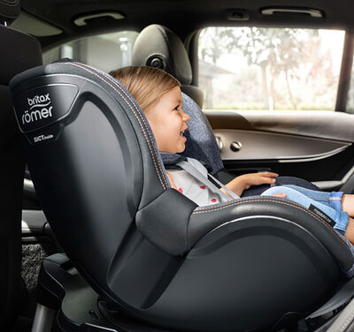 //www.britax-roemer.pl/dw/image/v2/BBSR_PRD/on/demandware.static/-/Sites-Britax-EU-Library/default/dw7fa81091/Features/CarSeats/Feature-CS-ExtendedRearwardFacing-9002.jpg?sw=400&sh=400&sm=fit