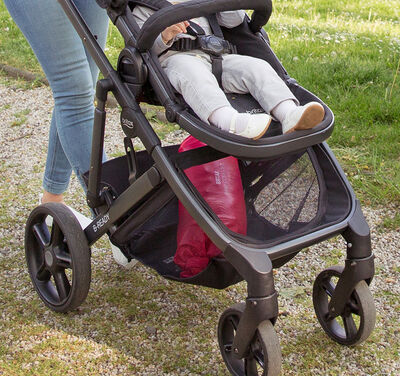 //www.britax-roemer.pl/dw/image/v2/BBSR_PRD/on/demandware.static/-/Sites-Britax-EU-Library/default/dwf7f27b06/Features/WheeledGoods/Feature-WG-CentralSuspension.jpg?sw=400&sh=400&sm=fit